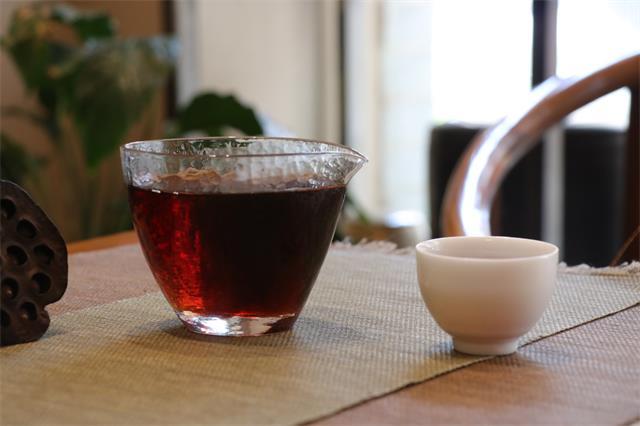 普洱茶投资分析:游离于市场之外的老茶交易 是否应纳入监管范围