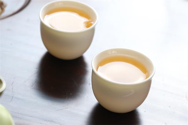 中国茶业从业人员超7000万 8月各大茶类销售简况 白茶强劲发展