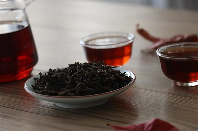 普洱茶熟茶的轻发酵和重发酵有什么区别呢?