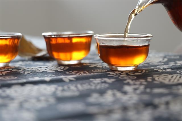 夏秋交季喝什么茶好?