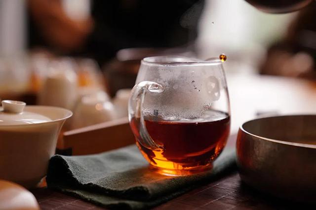 第十八期学员专访(上):当茶叶置身于另外的行业领域中,为之赋予的又是别样的意义。