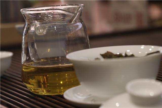 泡普洱茶不去翻,是什么原因