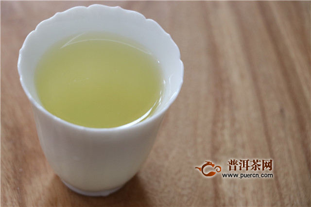 中秋佳节吃月饼要配什么茶?