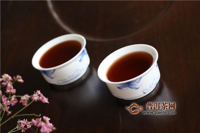 晚饭后喝普洱茶对身体的好处