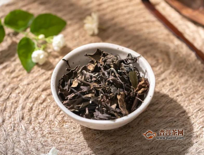 白茶一般多少钱一斤