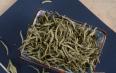 白茶配玫瑰喝有什么功效